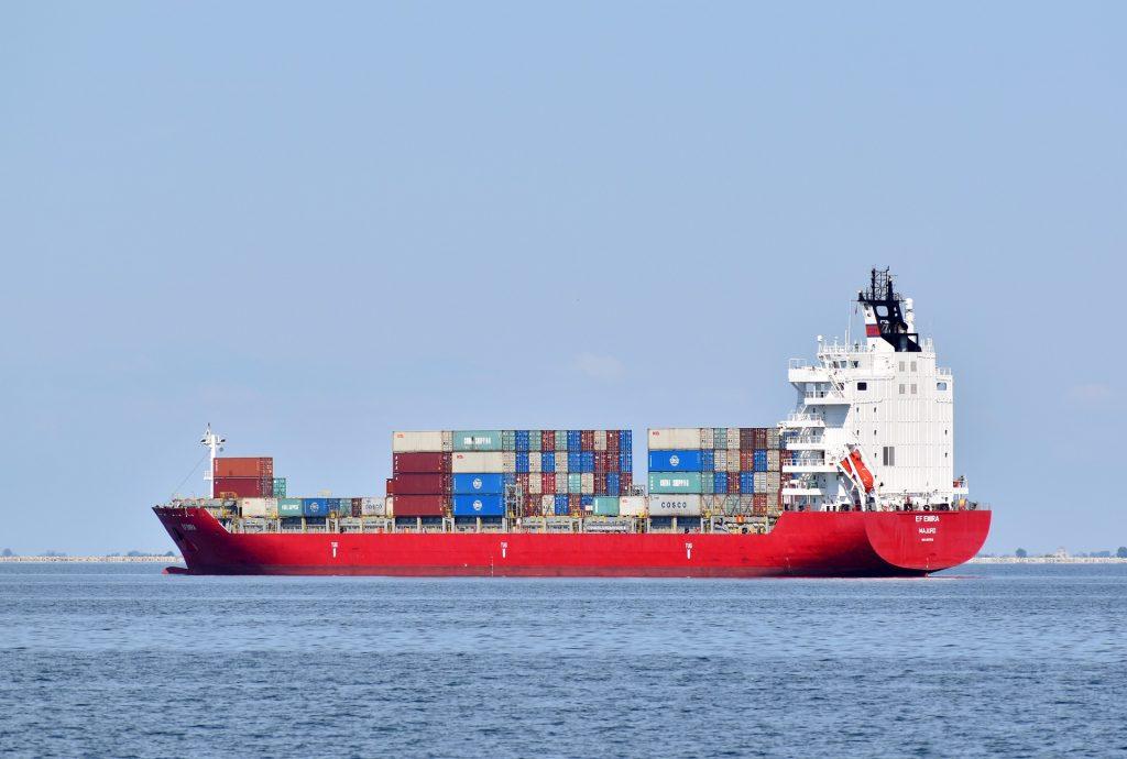 ship-5215108_1920